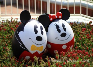 Photo of the Day: Mickey and Minnie Easter Eggs at Tokyo Disneyland's 'Easter Wonderland' Event