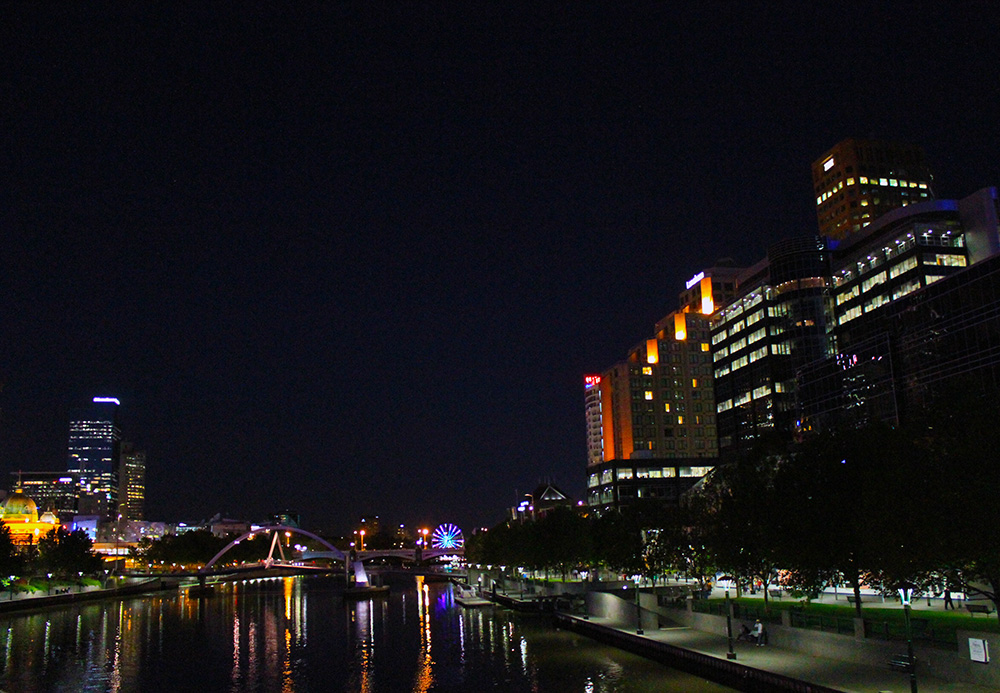 Melbourne at Night. Photo: Erin De Santiago